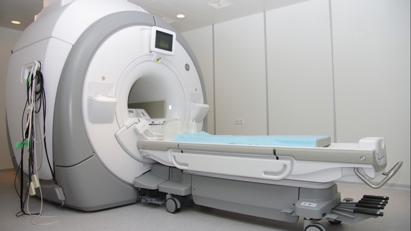 МРТ для оценки травмы почки после сеанса ДЛТ