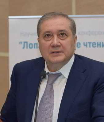 Академик РАН А.А. Камалов